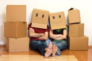 Why-Moving-in-Together-Might-Not-be-a-Good-Idea-1